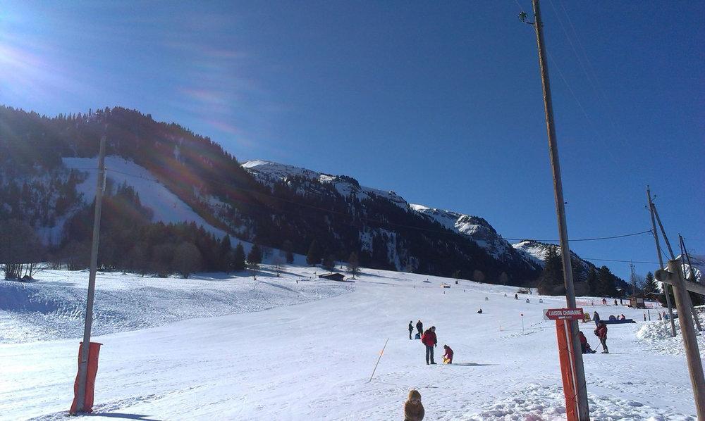 Le front de neige de Romme - © Office de Tourisme Intercommunal Communauté de communes Cluses Arve & montagnes