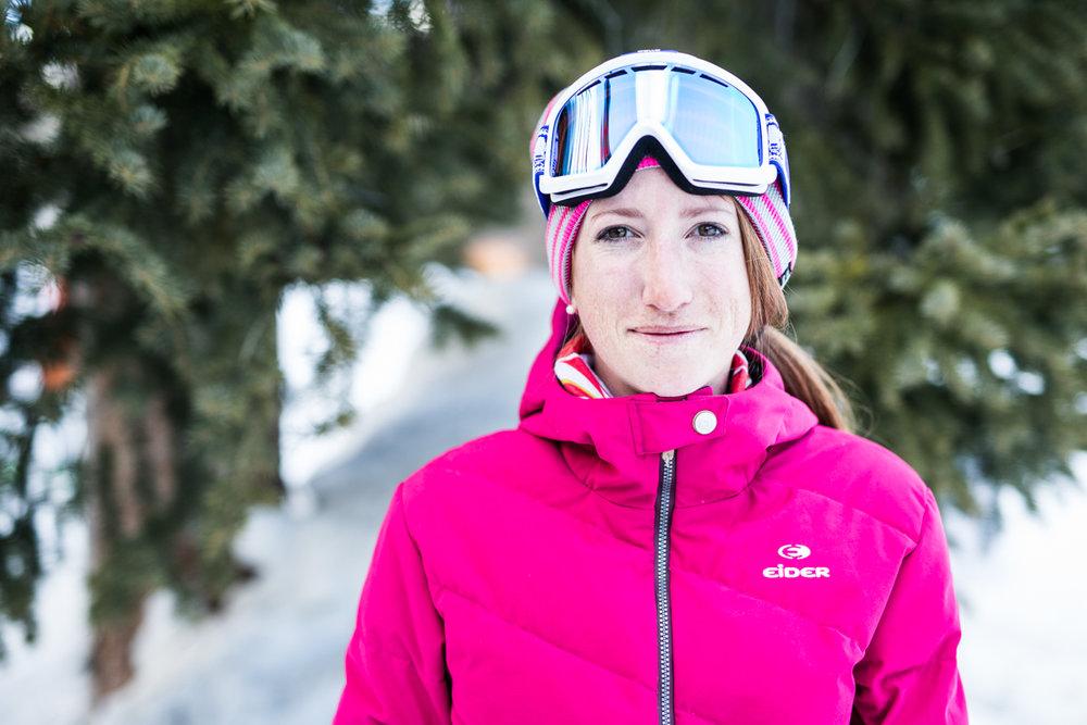 Courtney Harkins (26) jobber som Content Manager for det amerikanske skilandslaget og som skiinstruktør. - © Liam Doran