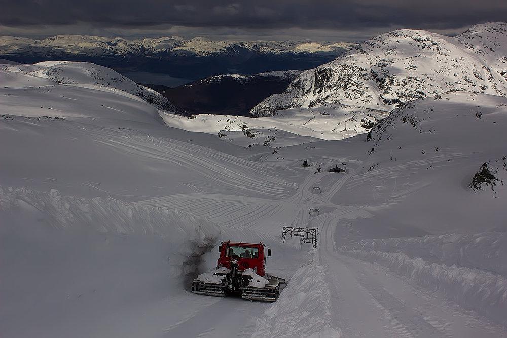 Ghiacciaio Folgefonna (Norvegia) - © Ole Vidar Søviknes