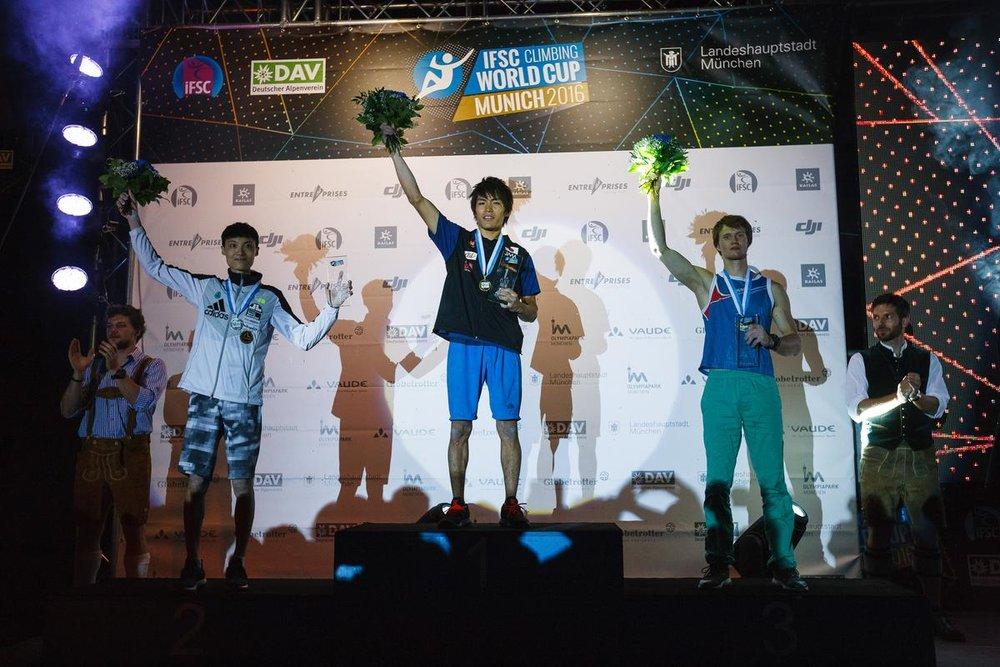 Die Sieger beim Boulder-Weltcup in München 2016: Chon, Narasaki, Rubtsov - © DAV / Marco Kost
