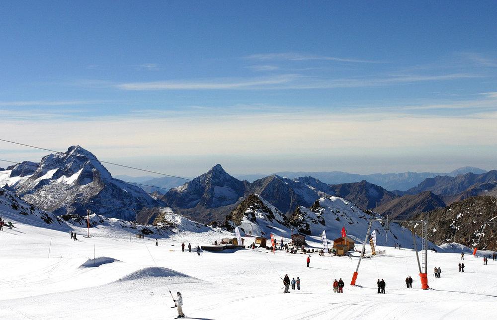 L'été, l'autre saison du ski aux 2 Alpes... - © OT Les 2 Alpes - Boulgakow