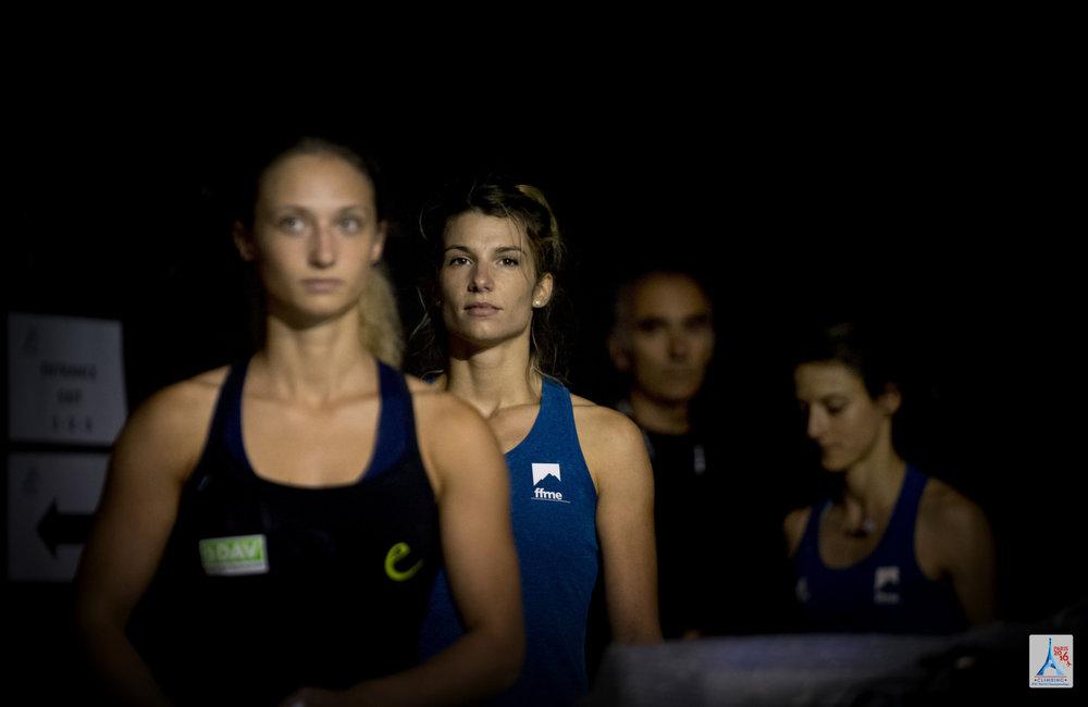 Volle Konzentration vor dem Start des Boulder-Wettkampfs - ©(c) FFME/Agence Kros - Remi Fabregue