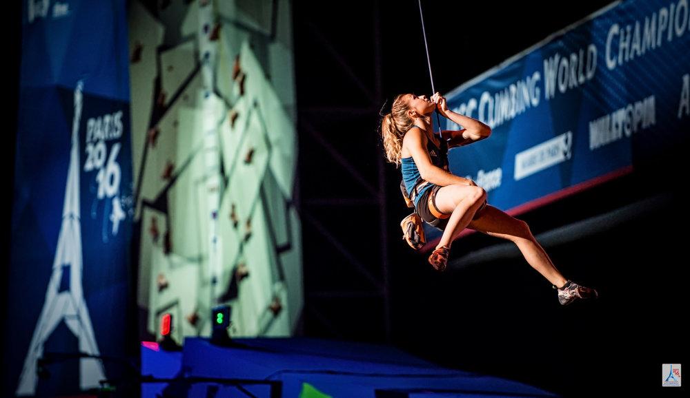 Impressionen vom Lead-Wettbewerb der Frauen - © FFME / Agence Kros - Remi Fabregue