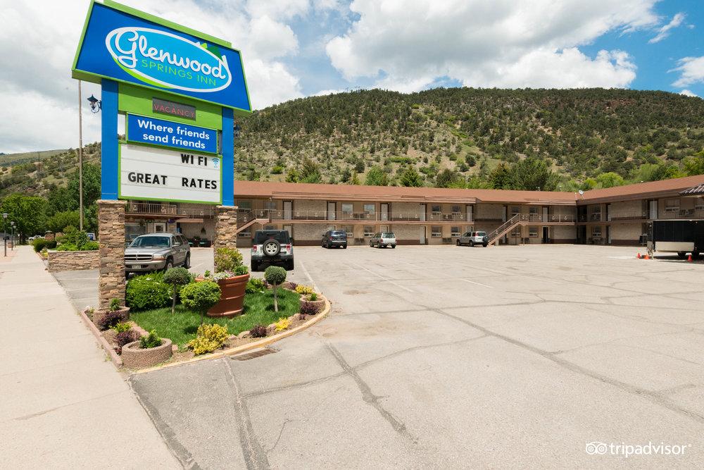 Glenwood Motor Inn Sunlight Mountain Resort