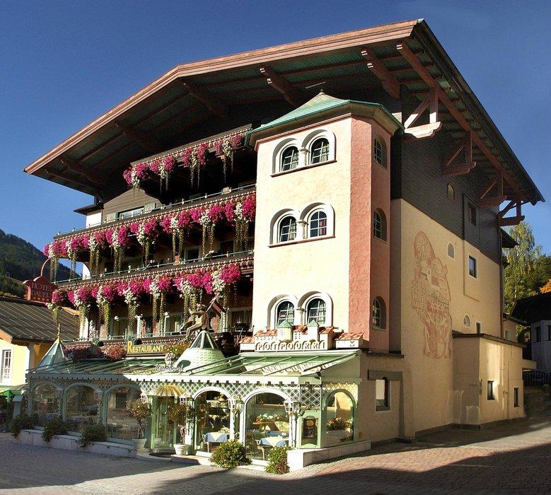 Hotel Bauer Gmbh