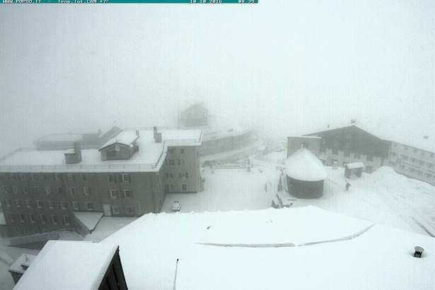Passo Stelvio neve fresca 10 Ottobre 2016 - © Passo Stelvio webcam