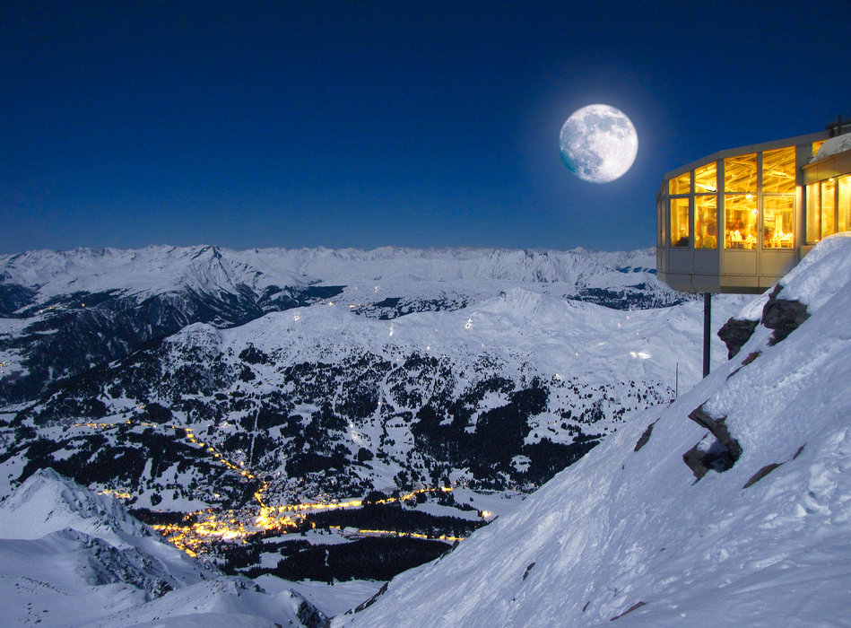 Vollmond mit Blick aufs Tal - © Lenzerheide Marketing und Support AG