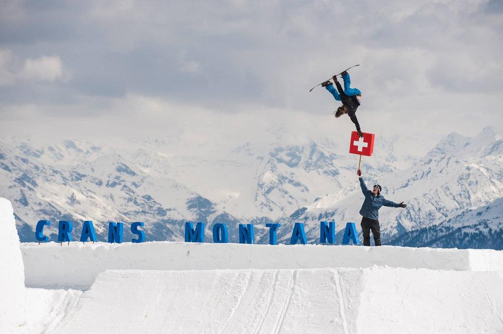 Spectacle garanti sur les snowparks et espaces ludiques de Crans Montana - © Crans-Montana Tourisme & Congrès