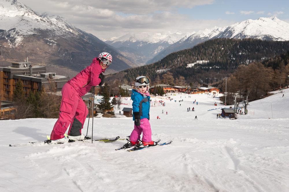 Les Karellis propose un domaine skiable particulièrement adapté aux familles - © Alban Pernet / OT les Karellis