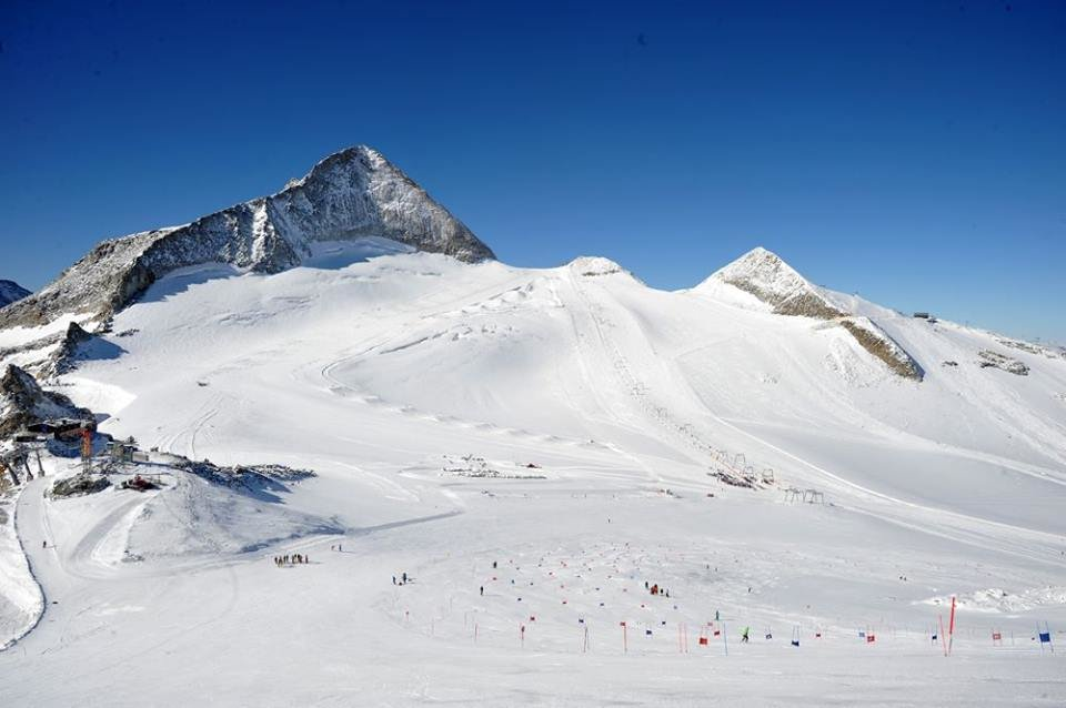 Ghiacciaio Hintertux 11.10.16 - © Baerums Skiklub Alpint