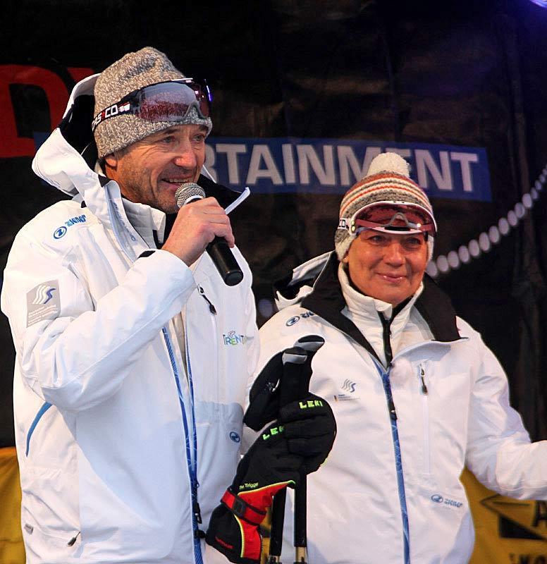 Vorstellung vor dem Warm-up: Christian Neureuther und Rosi Mittermaier