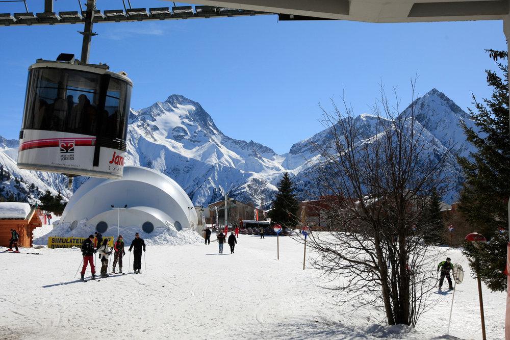 Le front de neige des 2 Alpes - © OT Les 2 Alpes / Monica Dalmasso