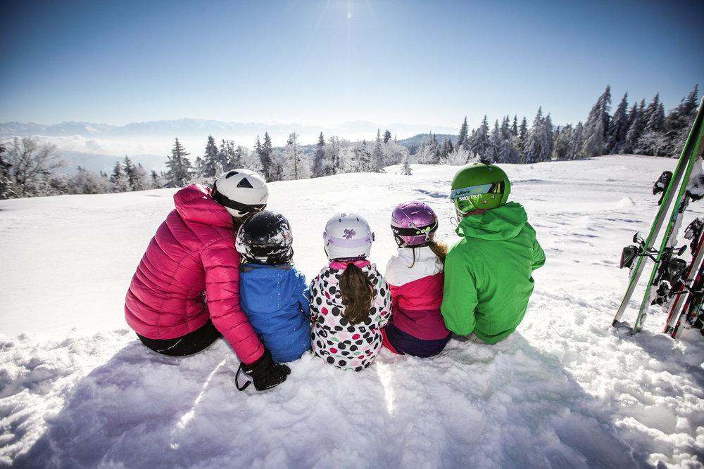 Pause contemplation aux abords des pistes de ski d'Autrans/Méaudre - © Nacho Grez