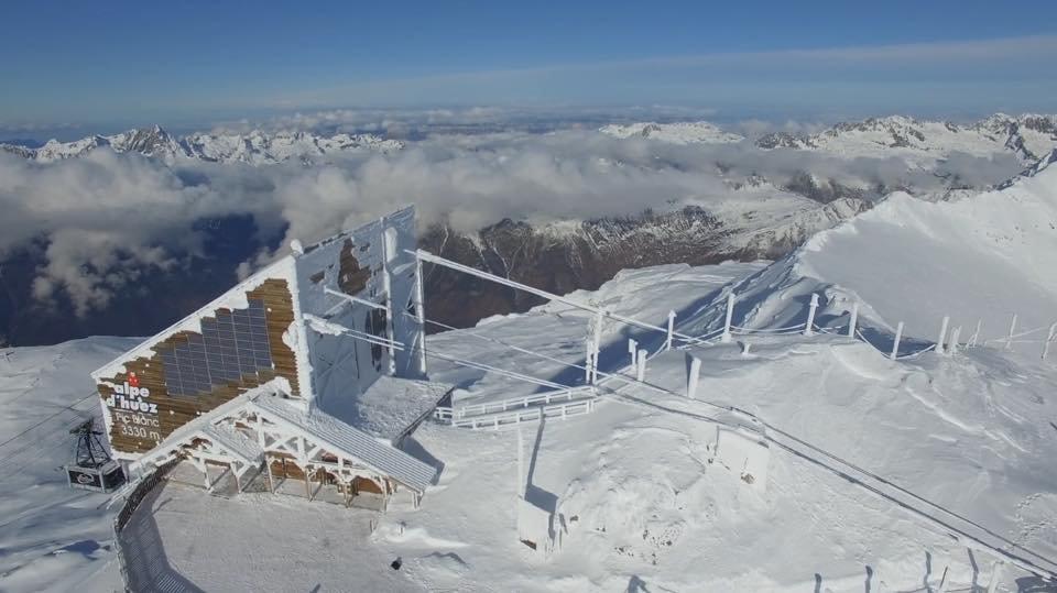 Alpe d'Huez Nov. 25, 2016 - © Alpe d'Huez