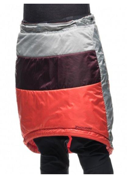 Med dette dunskjørtet fra Houdini slipper du å fryse på rumpa og lårene. - © http://www.houdinisportswear.com/no/