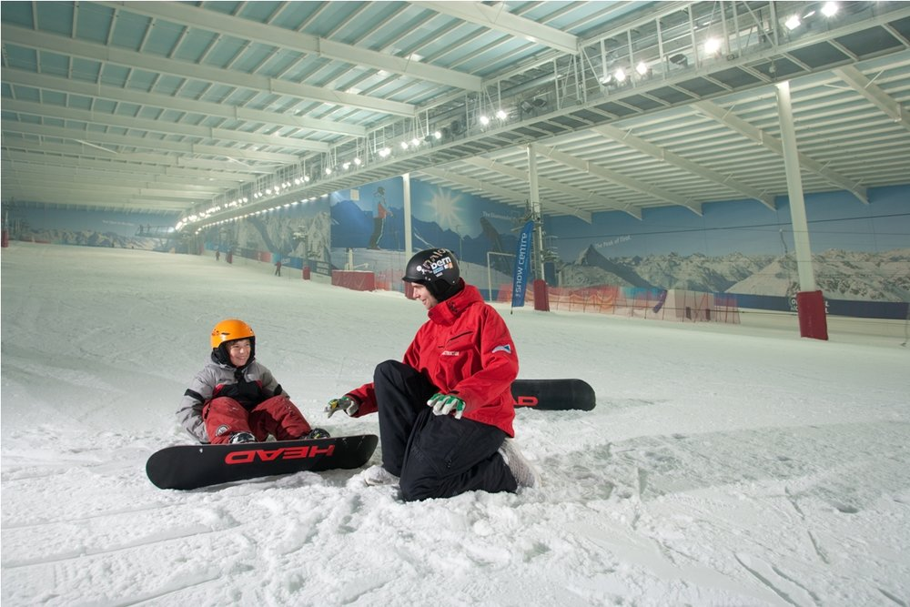 Young boarder getting a private lesson at The Snow Centre, Hemel Hempstead - © Snow Centre