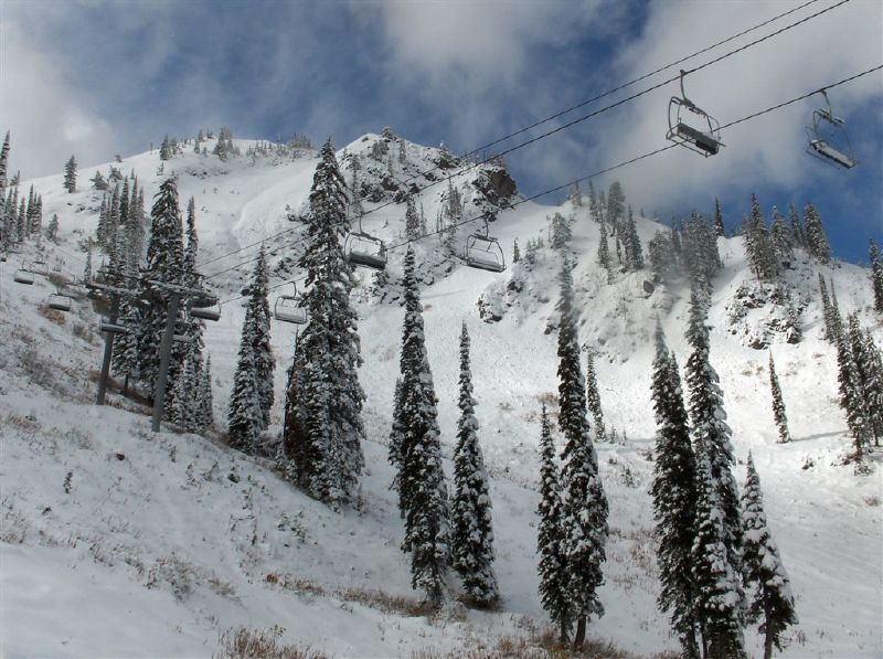 A view of a scenic chairlift in Fernie B.C.