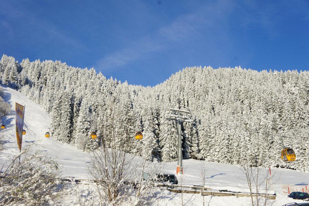Impressionen aus dem Skigebiet Bolsterlang - © Hörnerbahn