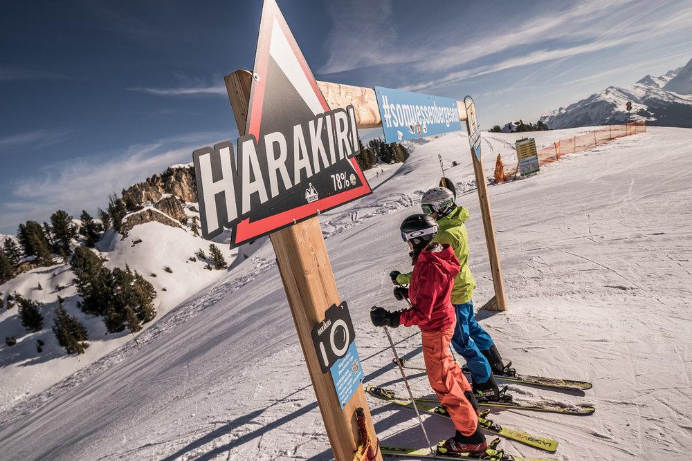 Start zu einer der steilsten Pisten in den Alpen: Harakiri in Mayrhofen - © TVB Mayrhofen | Dominic Ebenbichler