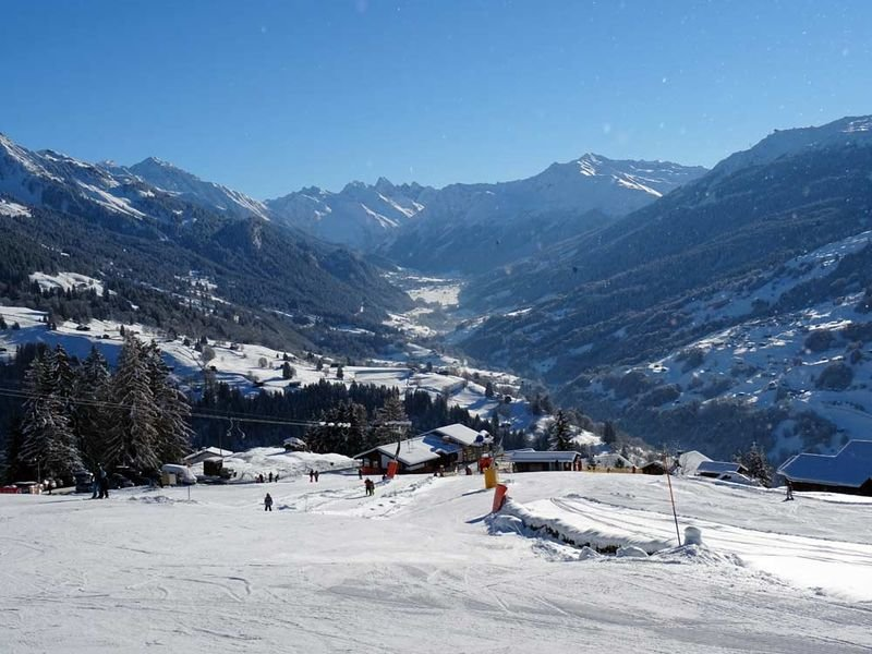 Skilift Pany mit Blick Richtung Klosters