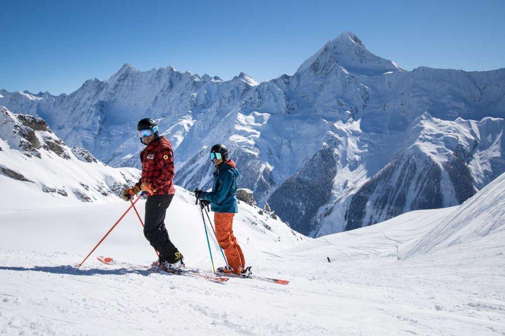 Skifahrer im Löltschental - © Lötschental Marketing AG
