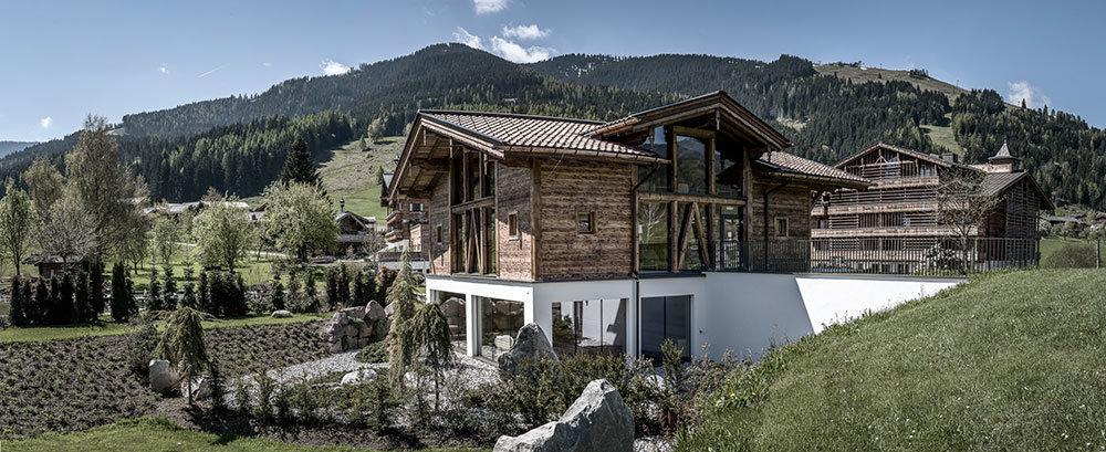 V alpském středisku Leogang objevíte překrásné výhledy doslova na každém kroku - © Puradies Hotel