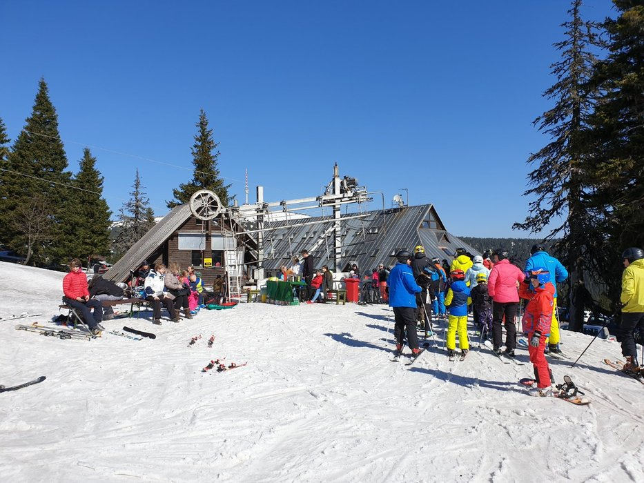 Sváteční lyžování na Ovčárně (19.4.2019) - © Figura - ubytování na Pradědu - Facebook