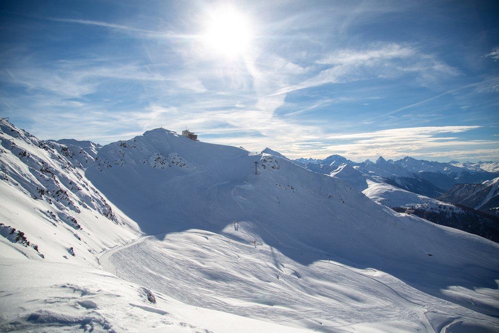 Piste im Winter in Davos Klosters - © Destination Davos Klosters
