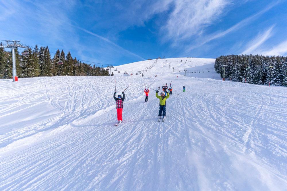 Ski en famille sur le domaine skiable de Saint Gervais - © Facebook Saint-Gervais Mont-Blanc