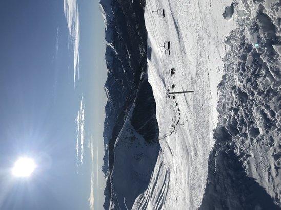 Val d'Allos - Excellentes conditions de ski, la neige est douce et le soleil est pr - © Michaël Mica