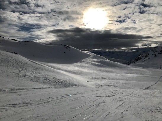 Orelle - Excellentes conditions de ski, la neige est superbe ! - © Aqua Blue
