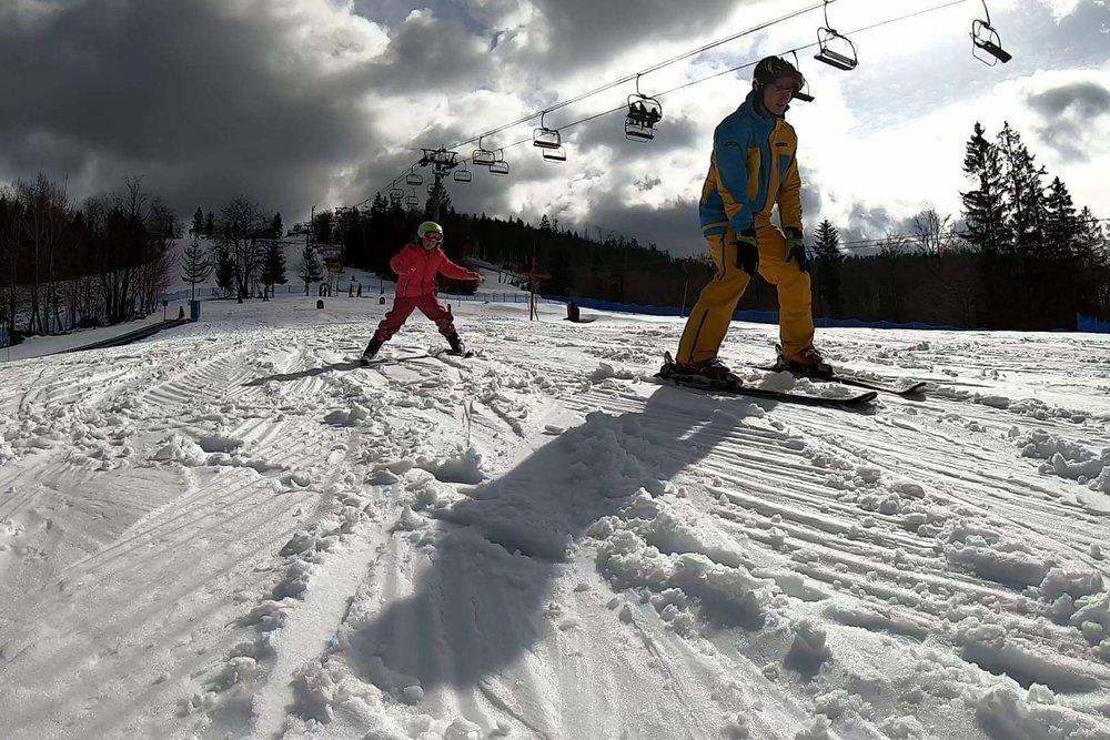 Deti sa učia veľmi rýchlo, dokážu napredovať míľovými krokmi - © Snowparadise Veľká Rača Oščadnica