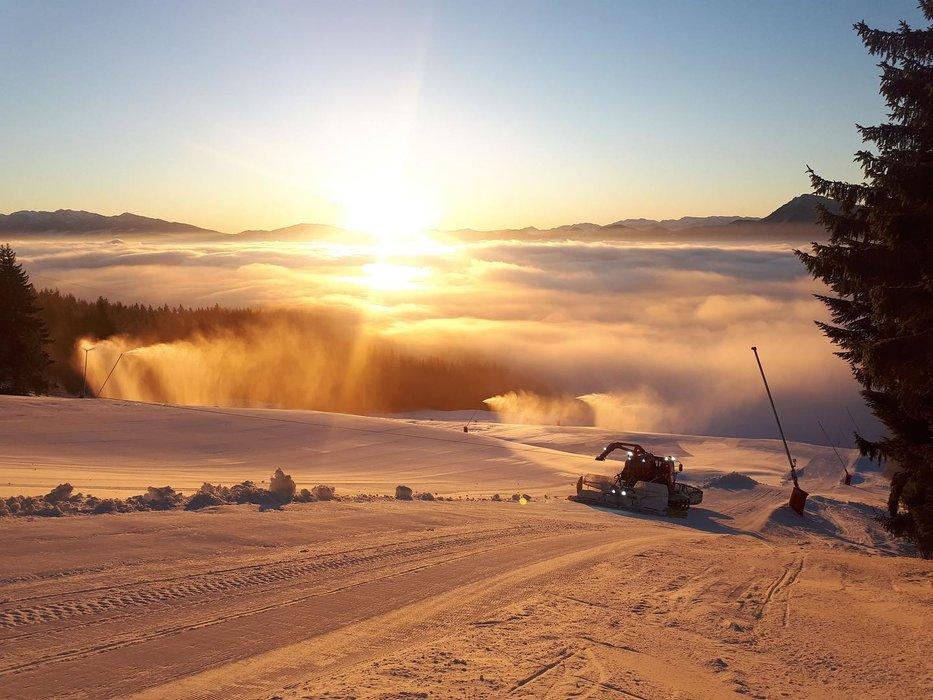 Úžasné výhľady na Kubínskej holi (21.1.2020) - © facebook | Ski Park Kubínska hoľa