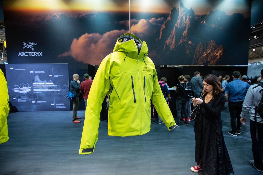 Arc´teryx ist die erste Marke, die Bekleidung mit der neuen Pro Shell von Gore ausgestattet hat - © Skiinfo