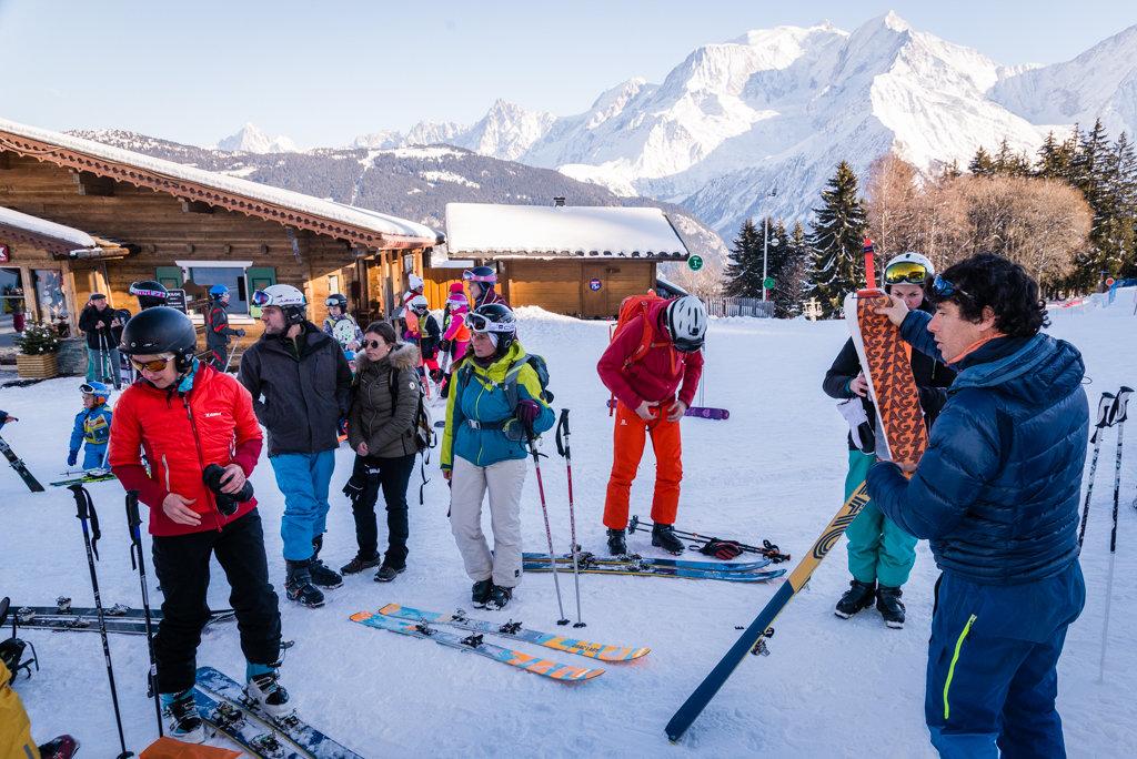 L'initiation au ski de randonnée, une des activités les plus prisée durant le white week-end de Saint Gervais - © STBMA