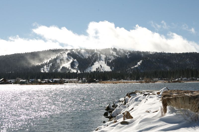 A view of the lake in Snow Summit, California