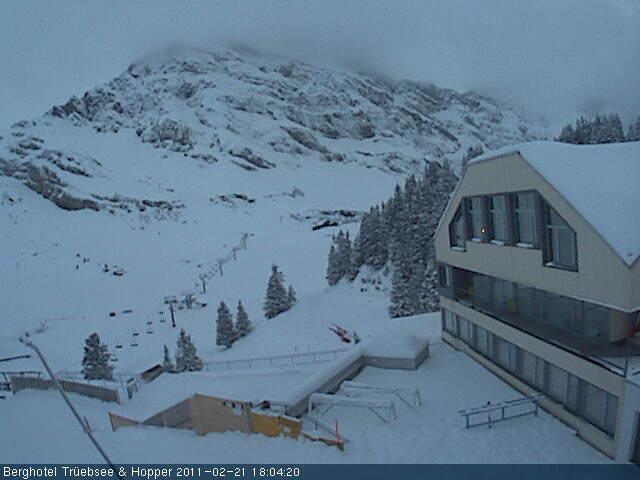 Fresh snow at 1800 metres in Engelberg (webcam Feb. 21)