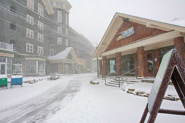 Hurricane Sandy is already starting to dump snow at Snowshoe Resort - © Snowshoe Mountain Resort