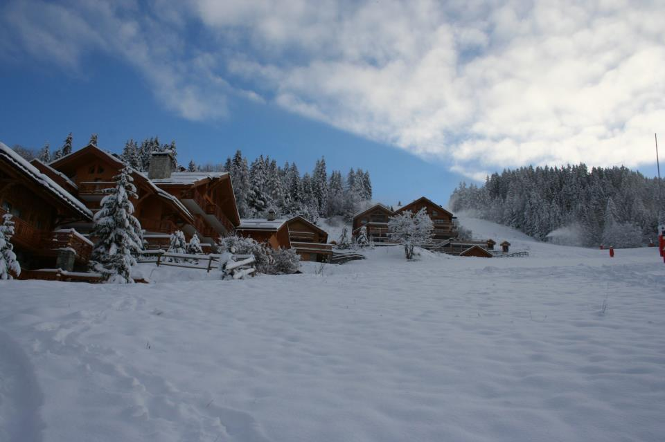 Fresh snow in Meribel. Nov. 30, 2012 - © Meribel