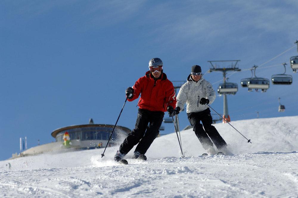 Skiing at Plan de Corones (ITA) - © Martin Schönegger