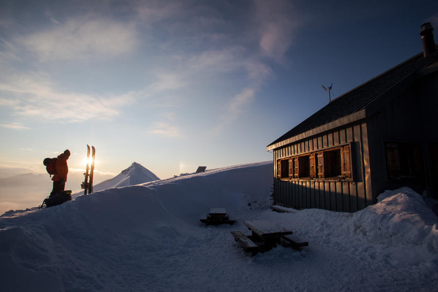 Arriving at the Becs de Bossons hut - ©OT Sierre-Anniviers