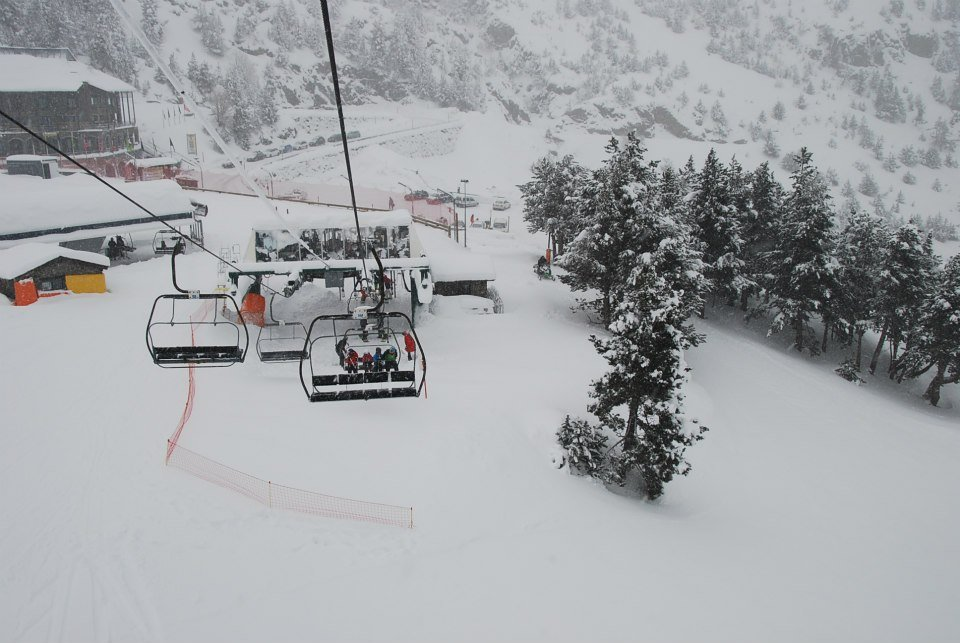 Skiing at Vallnord/Arcalis, Andorra - ©© Vallnord