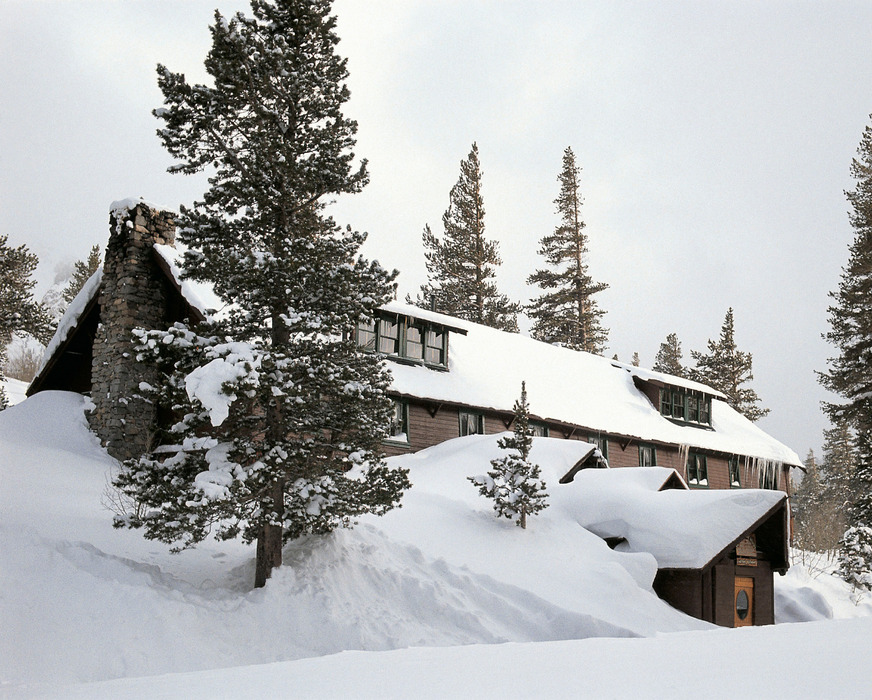 Tucked away in the woods, stay at one of the Tamarack cabins for the ultimate Valentine's Day getaway. - ©Mammoth Mountain Ski Area