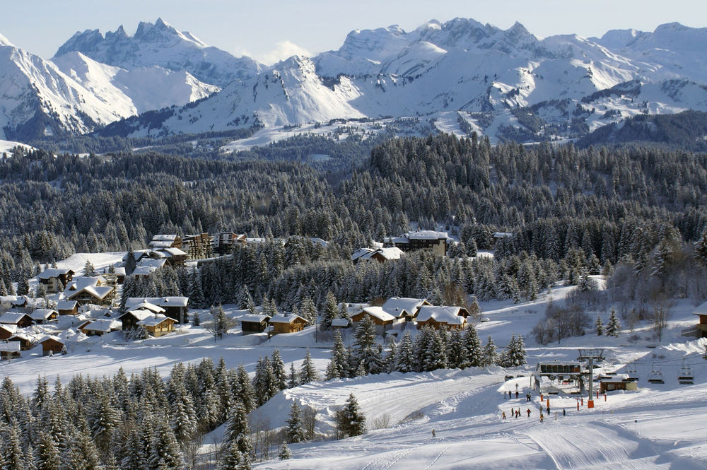 Le village du Praz de Lys sous la neige - © OT de Praz de Lys - Sommand