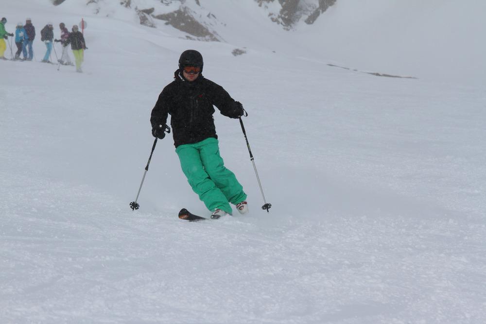 Skifahren auf einem Bein - © Skiinfo.de