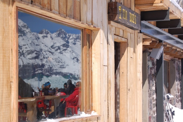 Lunch on the deck at Tio Bob's, Portillo's mid-mountain restaurant, is a beloved tradition. - © Cindy Hirschfeld