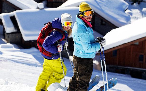 """Sainte Foy, une station """"skis aux pieds""""... Ici on déchausse les skis uniquement au pied des chalets/résidences."""