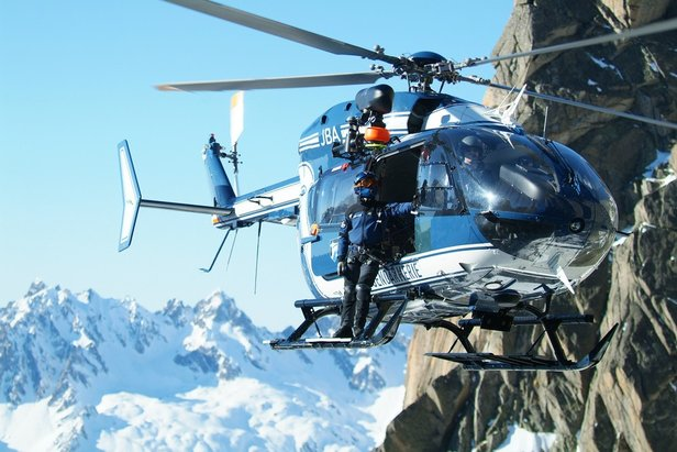 Le PGHM de Chamonix est évidement l'un des nombreux acteurs impliqué dans le plan d'actions de sensibilation destinées aux candidats à l'ascension du Mont-Blanc
