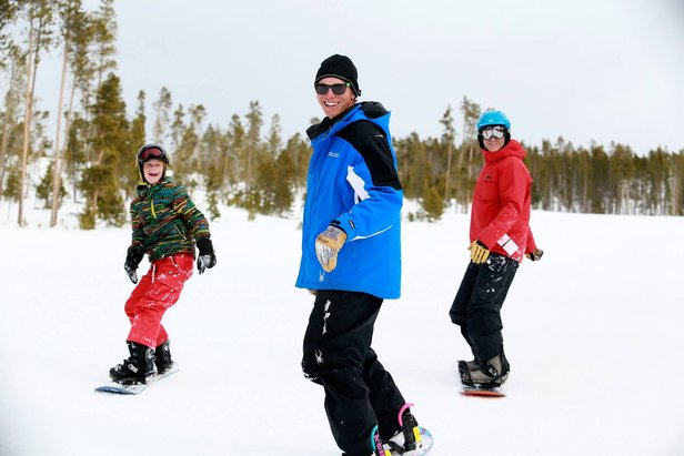 3 New Year's Resolutions for Snow Lovers ©Ski Granby Ranch