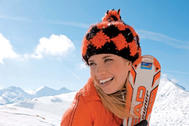 Au delà de l'aspect purement graphique, les skis pour femmes apportent une vraie valeur ajoutée